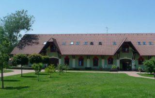 Budova D - dílny a terapie