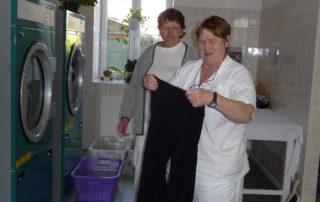 Práce v prádelně